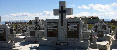 alexmar monumente funerare