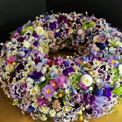 coroane casuta cu flori 1