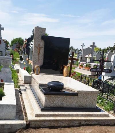 topgranit monumente funerare 1