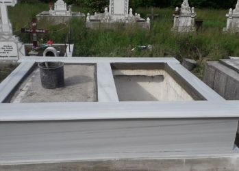anuta razvan cruci monument
