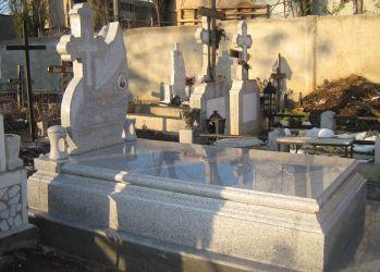 etern monumente funerare